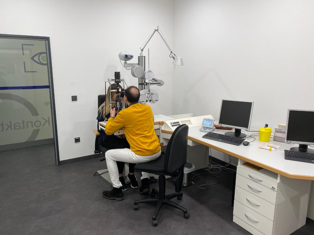 Praxis Dr. Hierschbiel Behandlung